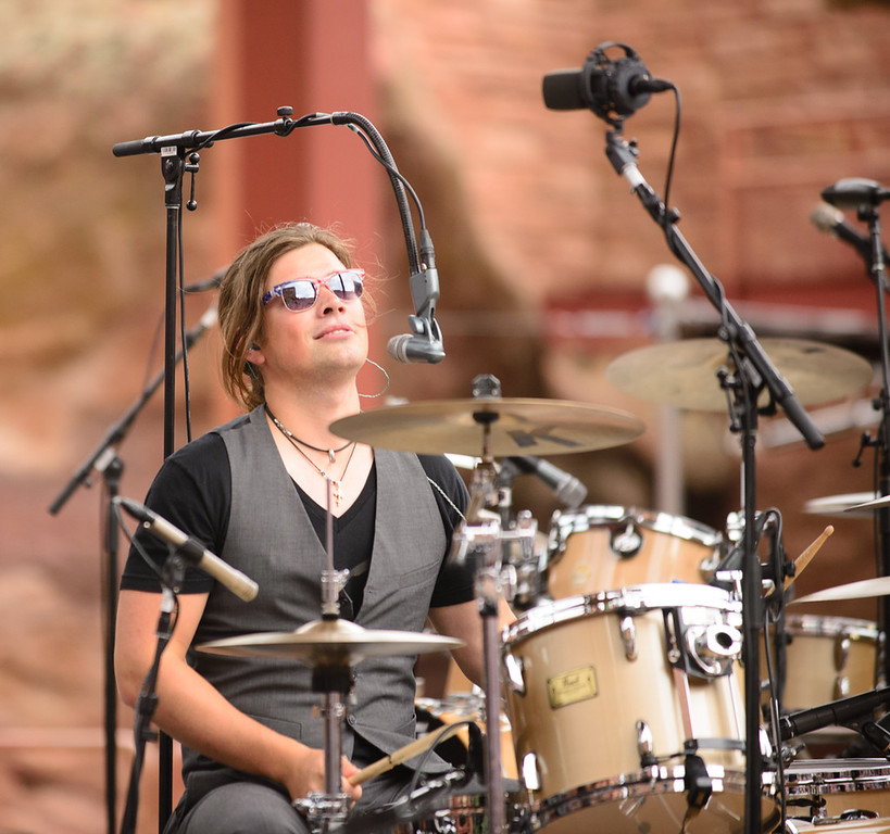 Description of . Zac Hanson at Red Rocks, July 4, 2015. Photo by Candace Horgan, heyreverb.com.