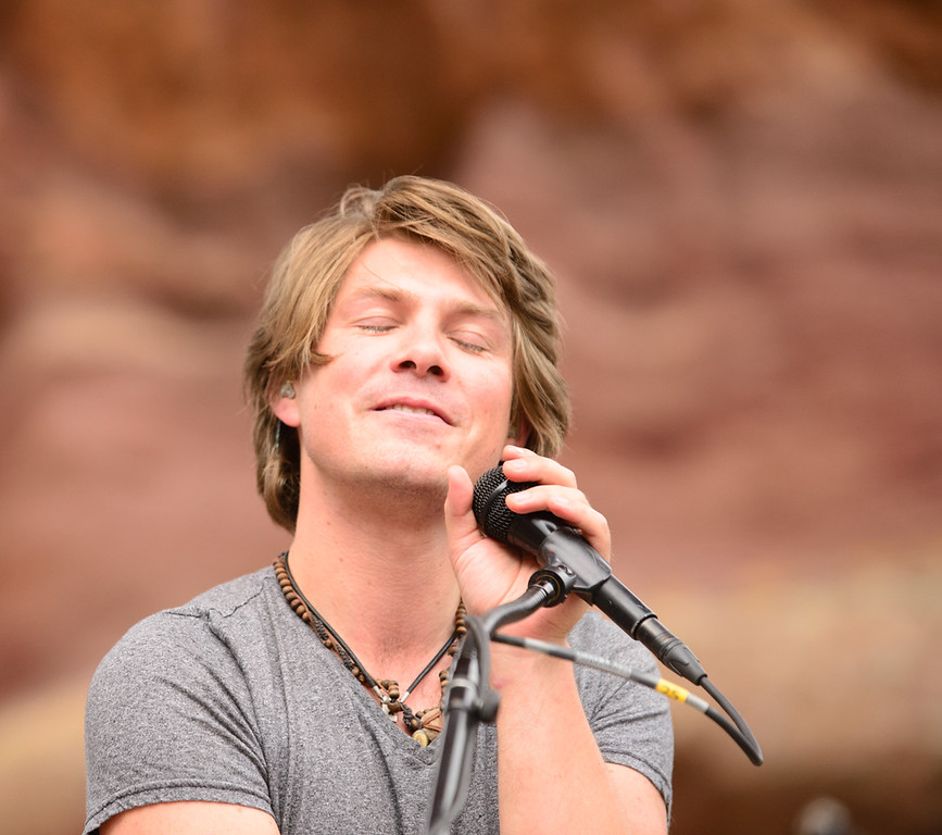Description of . Taylor Hanson at Red Rocks, July 4, 2015. Photo by Candace Horgan, heyreverb.com.